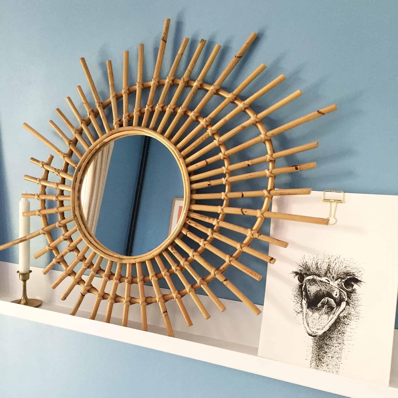 Les meubles et miroirs en rotin, c'est la tendance du moment !