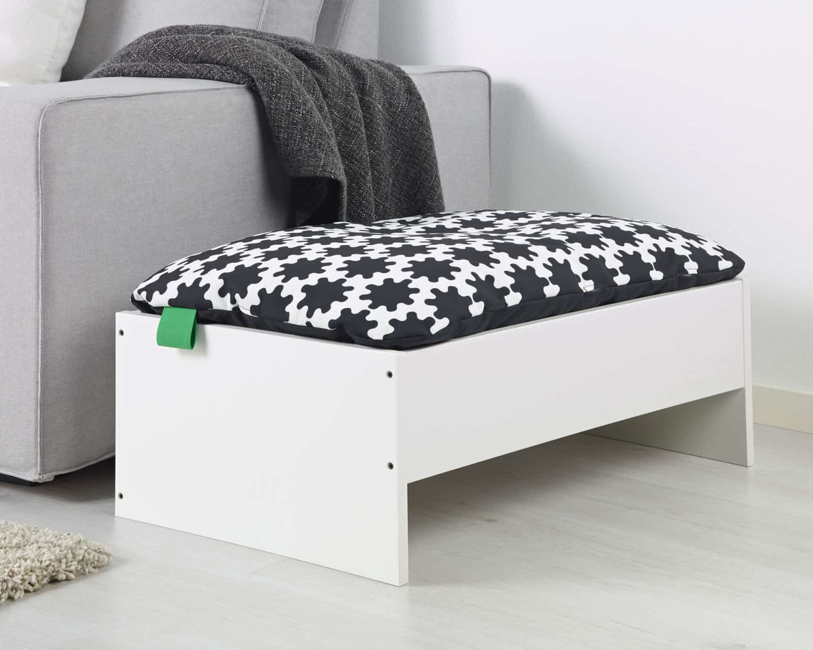 ikea lance lurvig pour nos animaux de compagnie. Black Bedroom Furniture Sets. Home Design Ideas